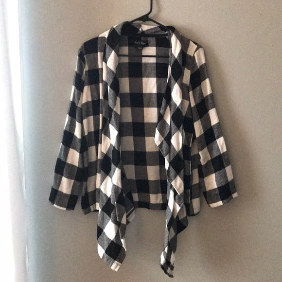 Charlie Paige Sweaters Black And White Checkered Cardigan Poshmark